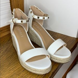 ESPRIT WHITE ROMY WEDGES NWOT